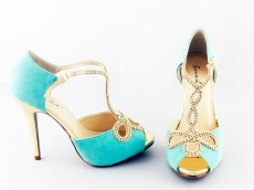mint-green-pumps